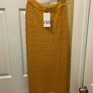 Zara mustard yellow knit skirt